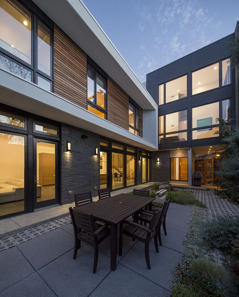 Philadelphia Design Home 2016: 425 - 433 Brown Street